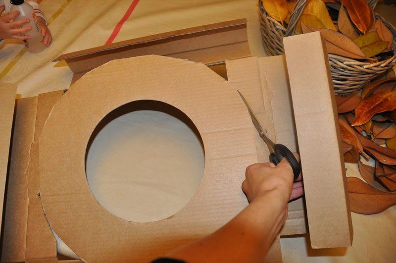 tagliare il cartoncino