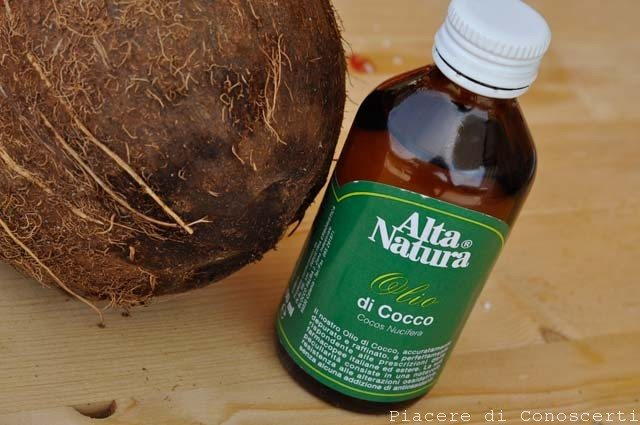 olio di cocco capelli secchi