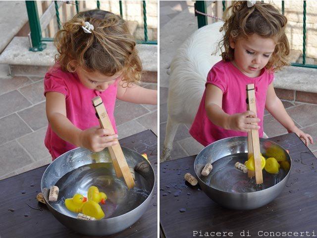 giocare con l'acqua