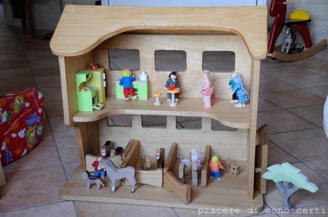 casa legno bambole