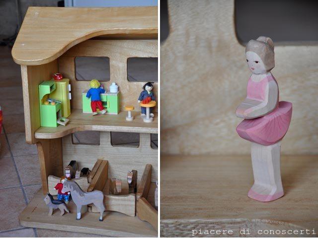 bambola in legno