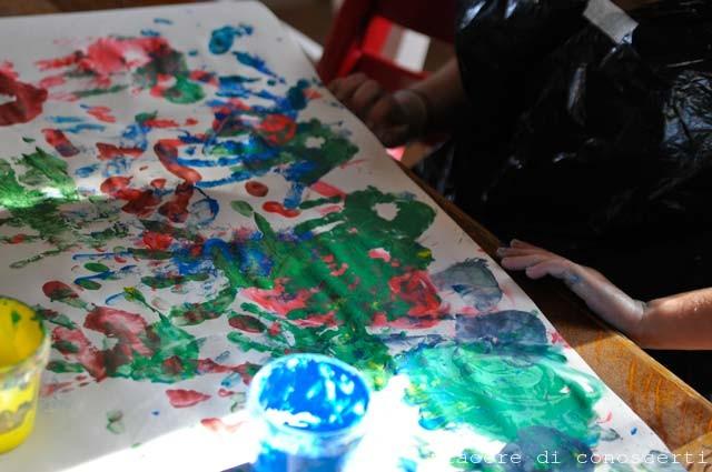 colorare con le mani