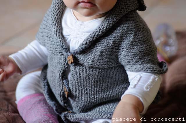 Schema maglioncino neonato ferri