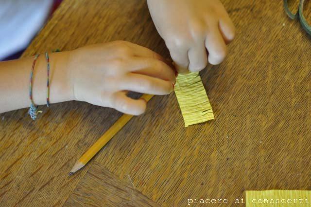 creare fiori carta crespa