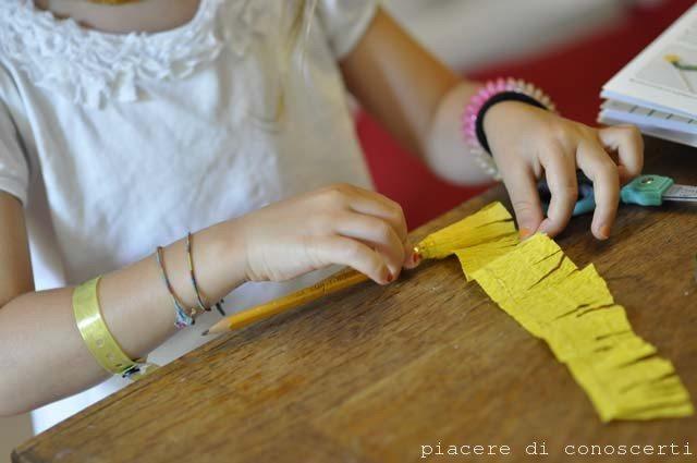 giocare con i bambini fiori di carta