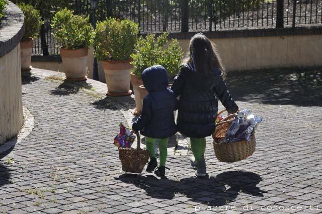 caccia alle uova di cioccolato